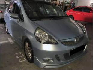 https://www.mycarforum.com/uploads/sgcarstore/data/11/HONDAJAZZe_1206_1.jpg