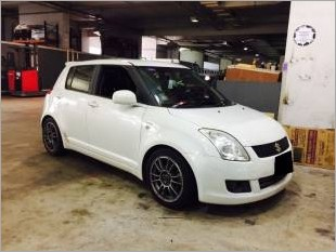 https://www.mycarforum.com/uploads/sgcarstore/data/11/Suzuki Swift 15M_48658_1.jpg