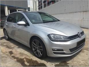 https://www.mycarforum.com/uploads/sgcarstore/data/11/VolkswagenGolf1_47832_1.jpg