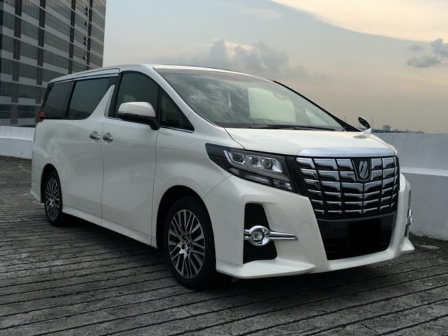 Toyota Alphard SC (For Lease)