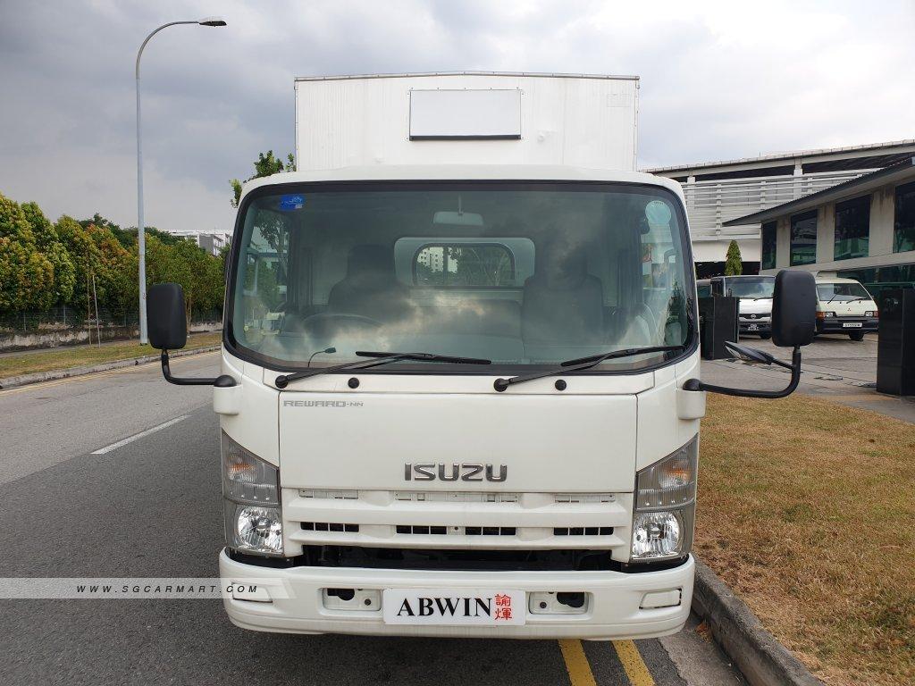 14 FT ISUZU NNR85 Euro 5/6 Truck (For Lease)
