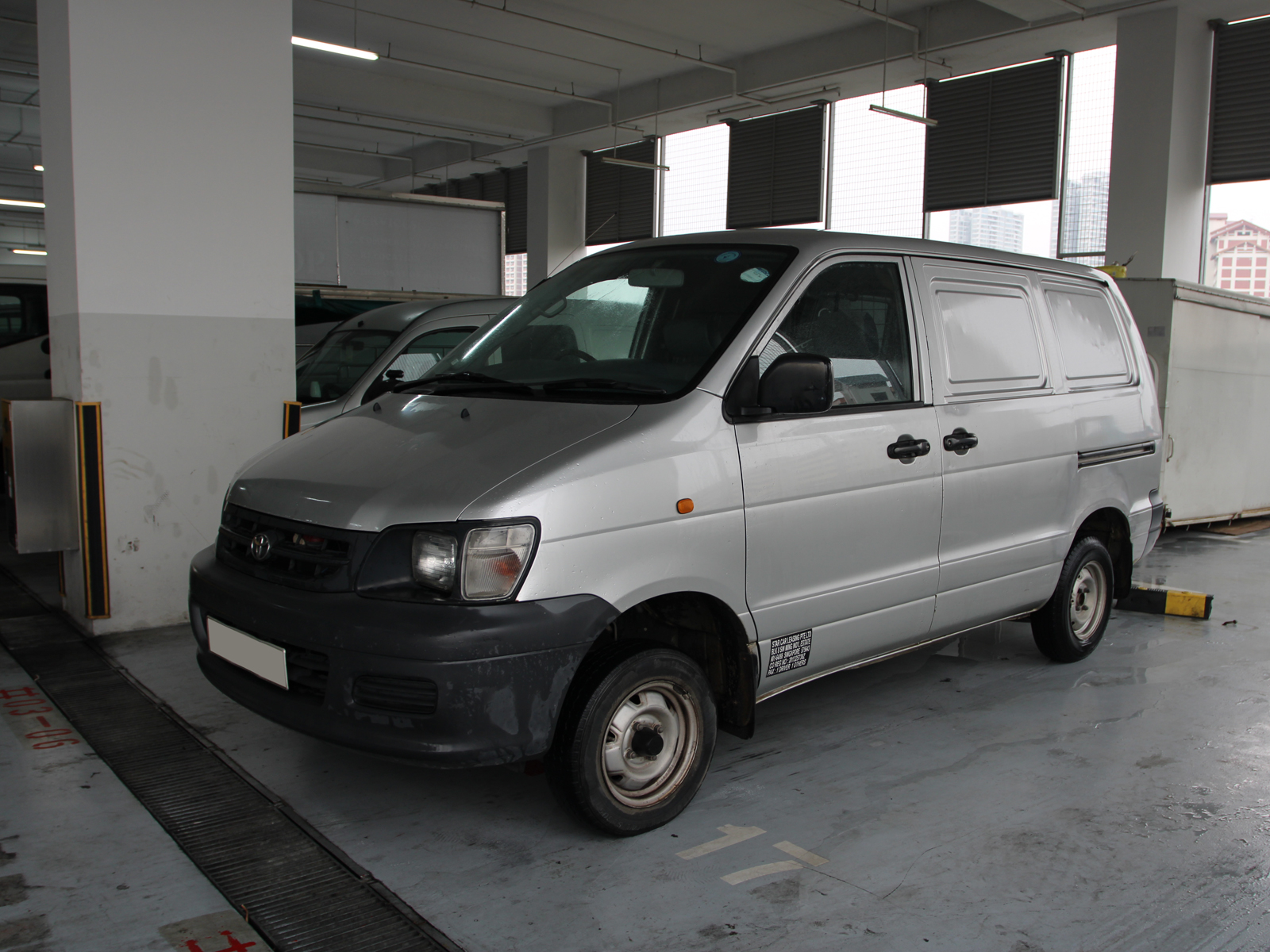 Toyota Liteace (For Rent)
