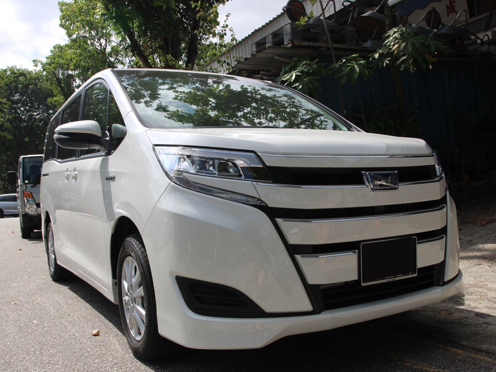 Toyota Noah Hybrid (PHV Private Hire Rental)