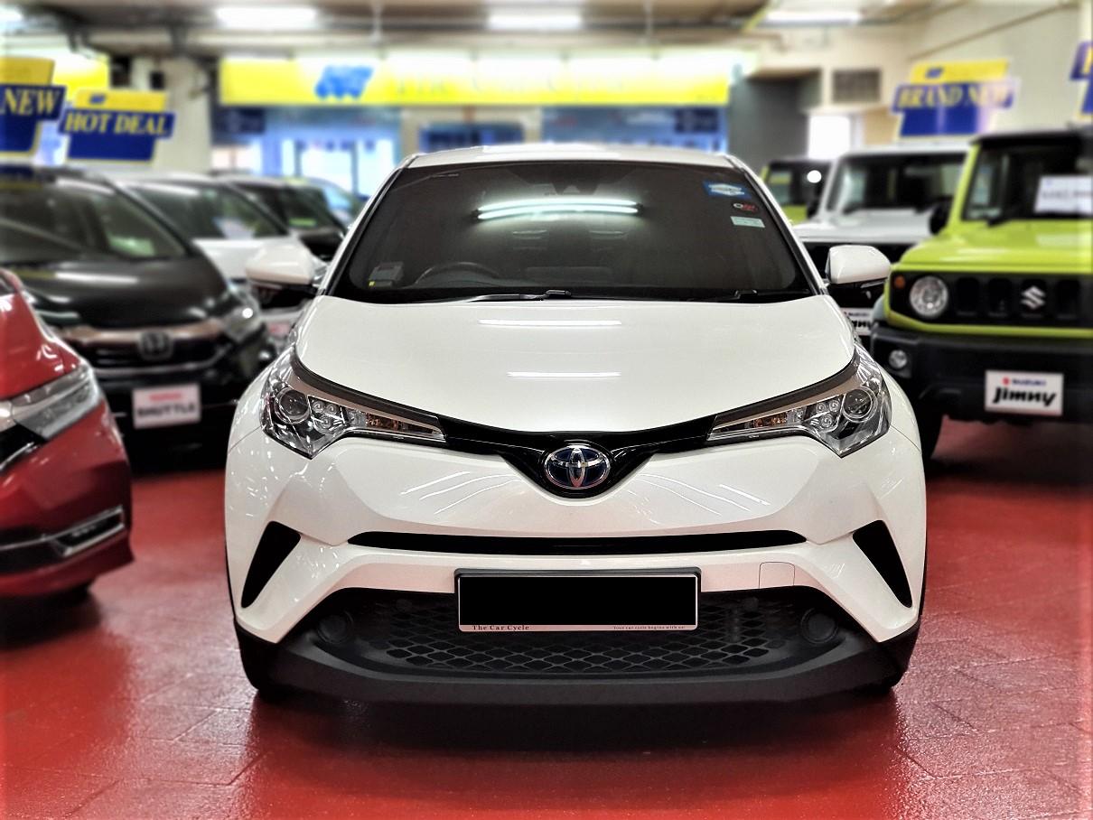 Toyota C-HR Hybrid (For Lease)