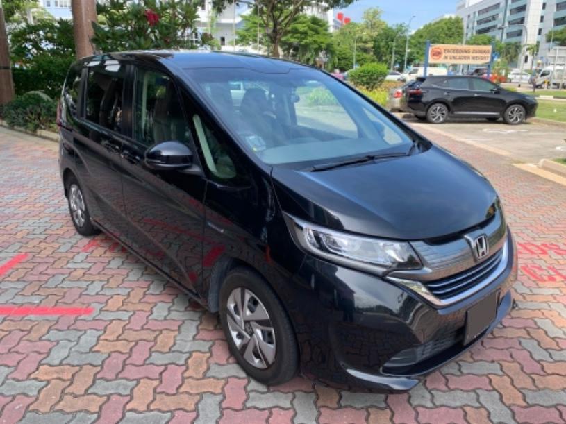 Honda Freed Hybrid (For Rent)