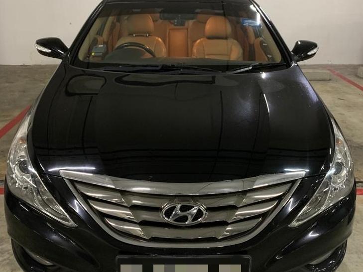 Hyundai i45 (PHV Private Hire Rental)