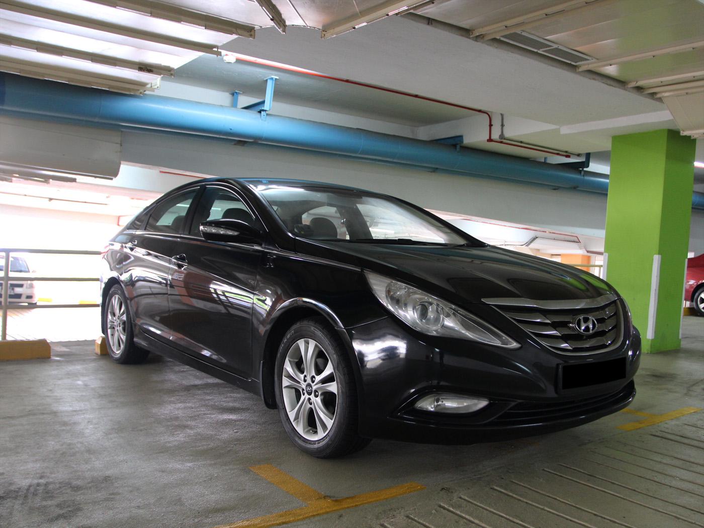 Hyundai i45 2.0 (For Rent)