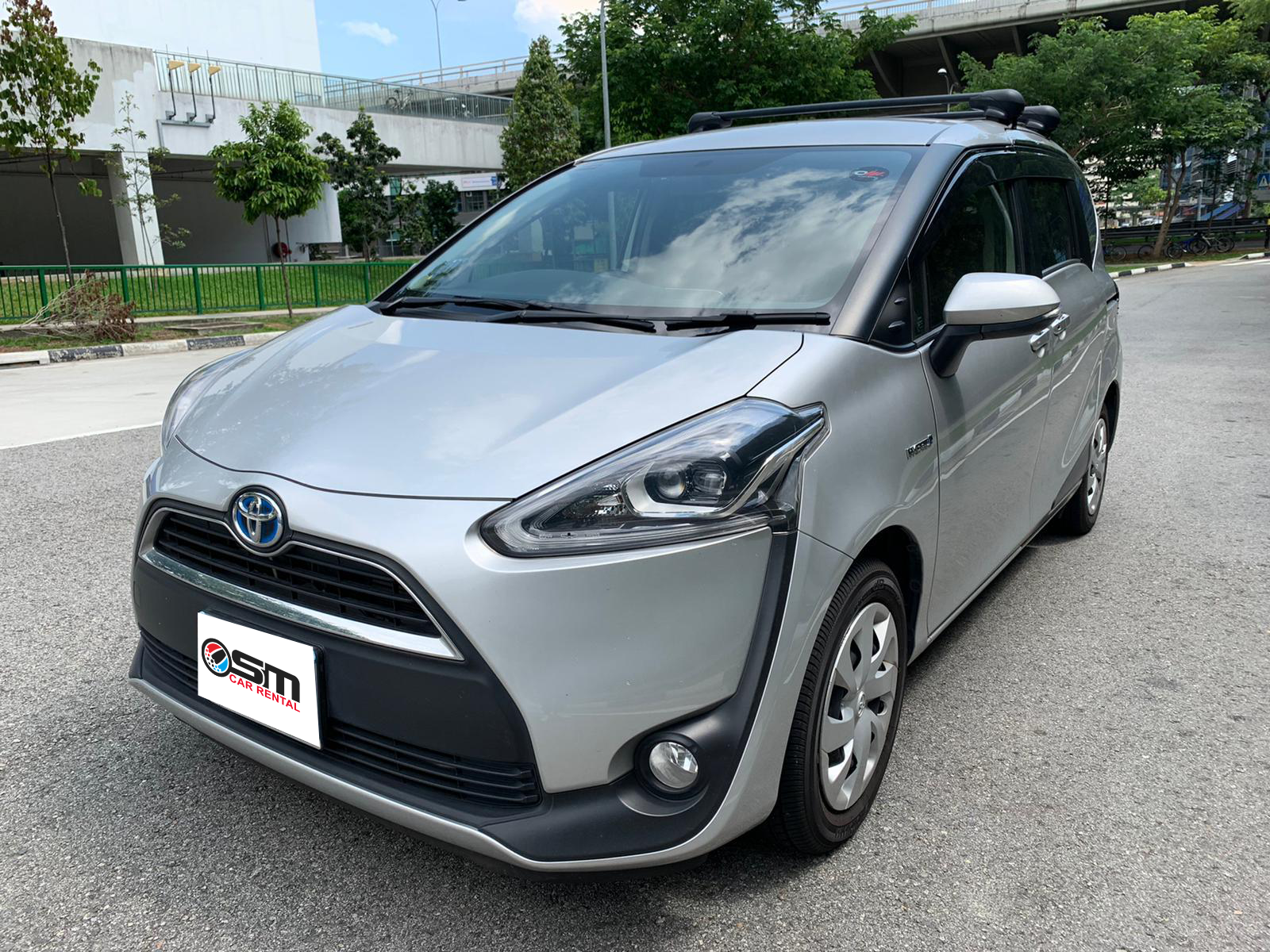 Toyota Sienta 1.5A G (For Lease)