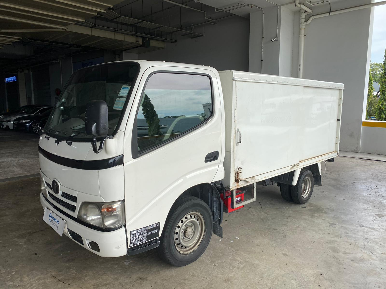 10ft Toyota Dyna With Low Box (For Lease)