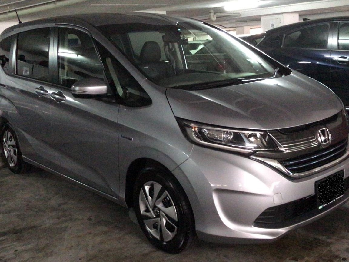 Honda Freed Hybrid 1.5 (PHV Private Hire Rental)