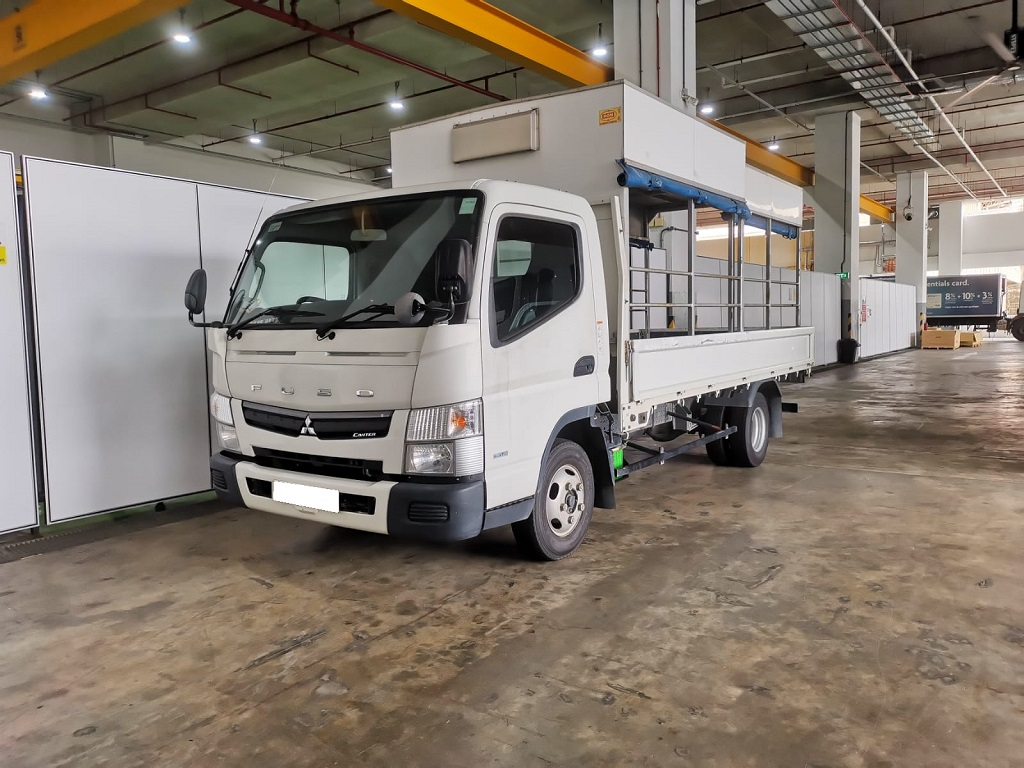 14FT Mitsubishi Canter (For Rent)