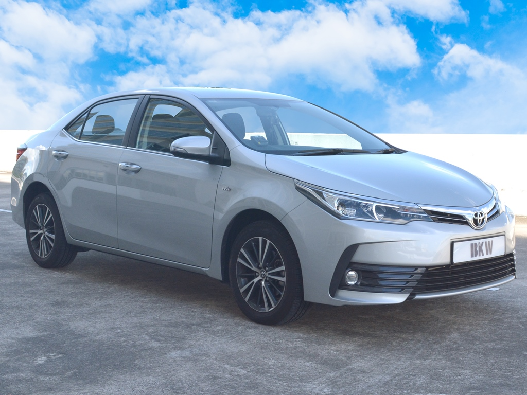 Toyota Corolla Altis 1.6A (For Rent)