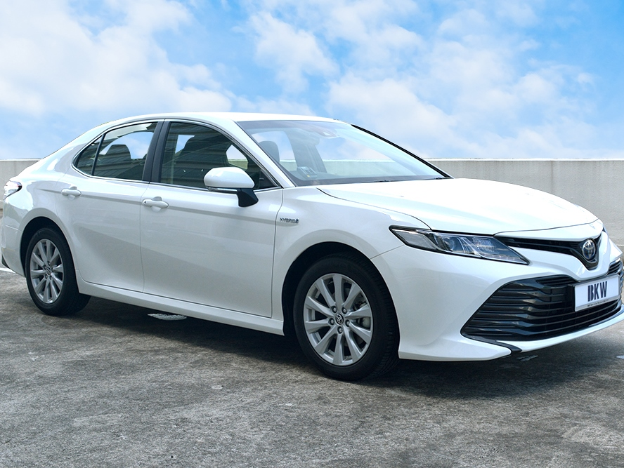 Toyota Camry 2.5A (For Rent)