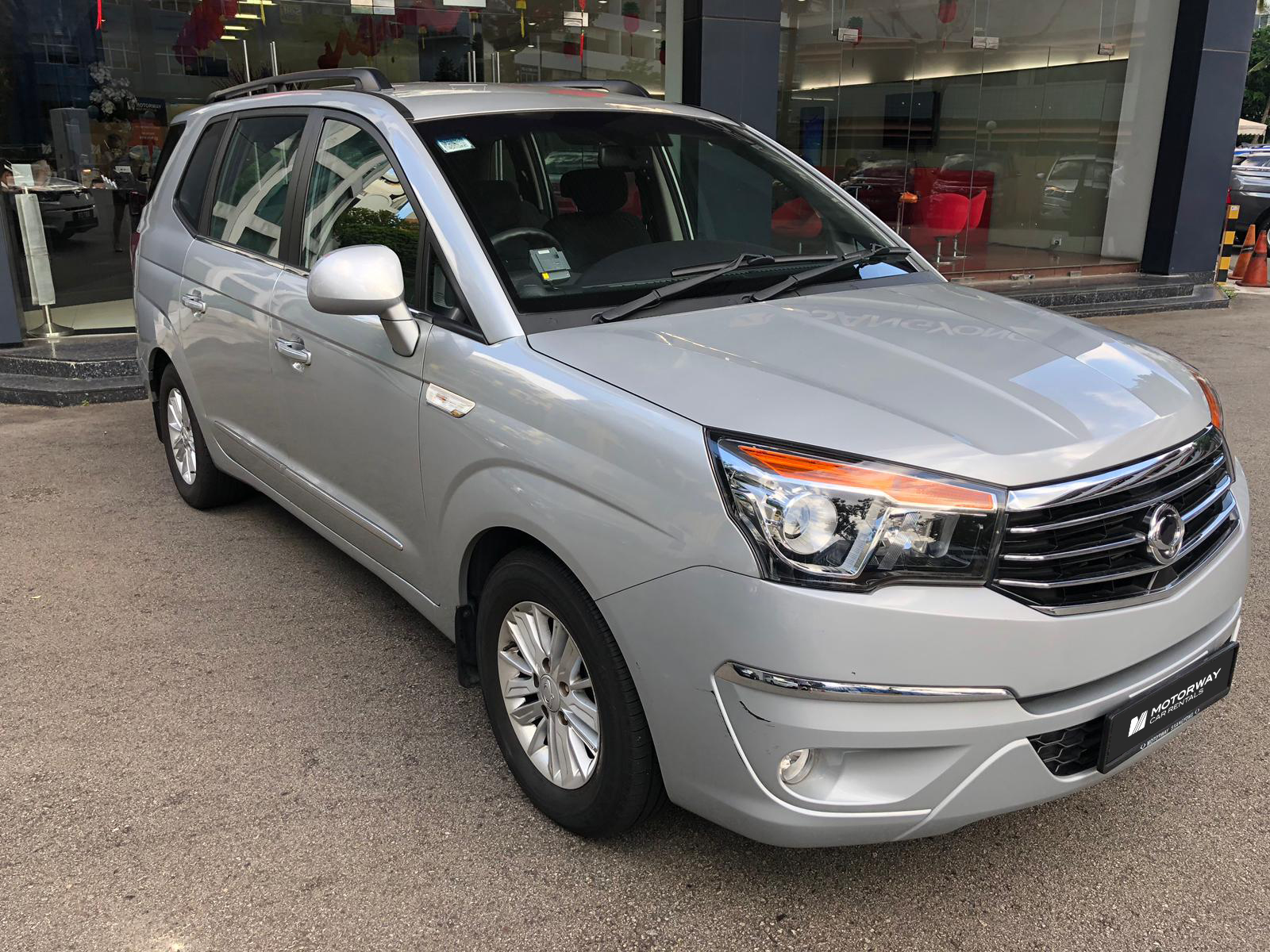 Ssangyong Stavic (For Rent)
