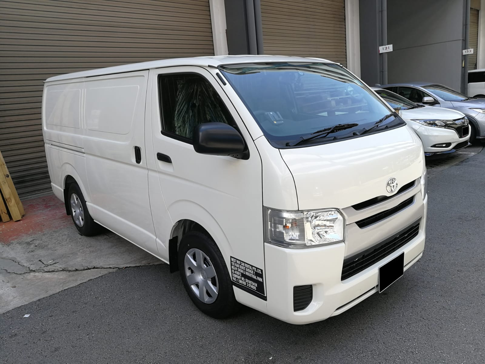 Toyota Hiace 3.0M (For Rent)