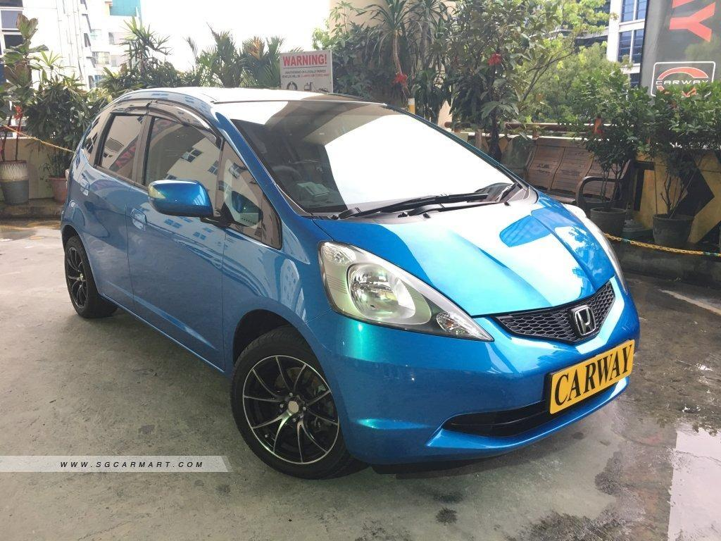 Honda Fit Sunroof (For Rent)