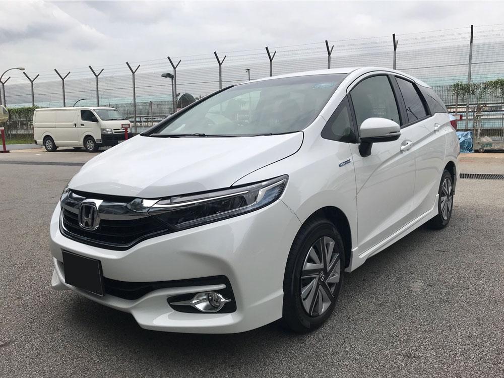 Honda Shuttle Hybrid 1.5A (For Rent)