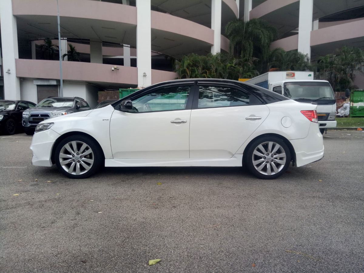 Kia Cerato Forte 1.6A SX (For Rent)