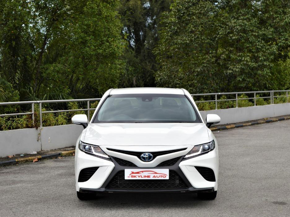 Toyota Camry Hybrid 2.4A (PHV Private Hire Rental)