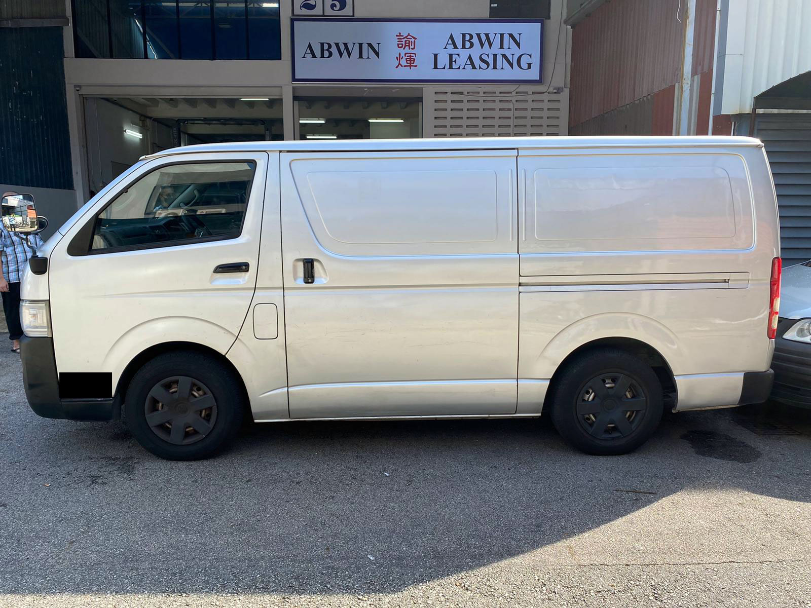 Toyota Hiace 3.0M Diesel (For Lease)
