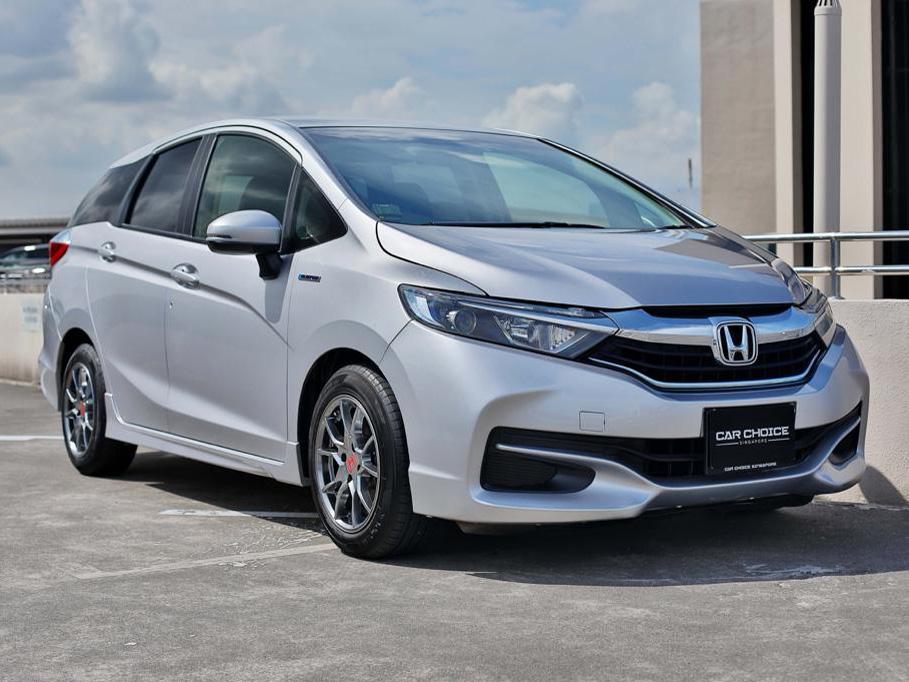 Honda Shuttle Hybrid 1.5A (For Lease)