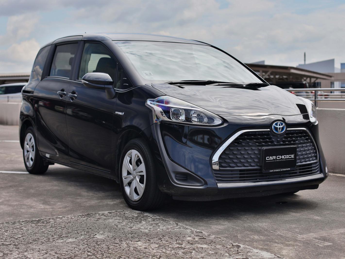 Toyota Sienta Hybrid 1.5X (For Lease)