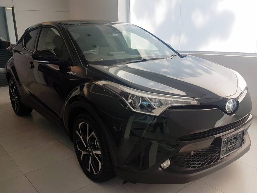 Toyota C-HR Hybrid G (For Rent)