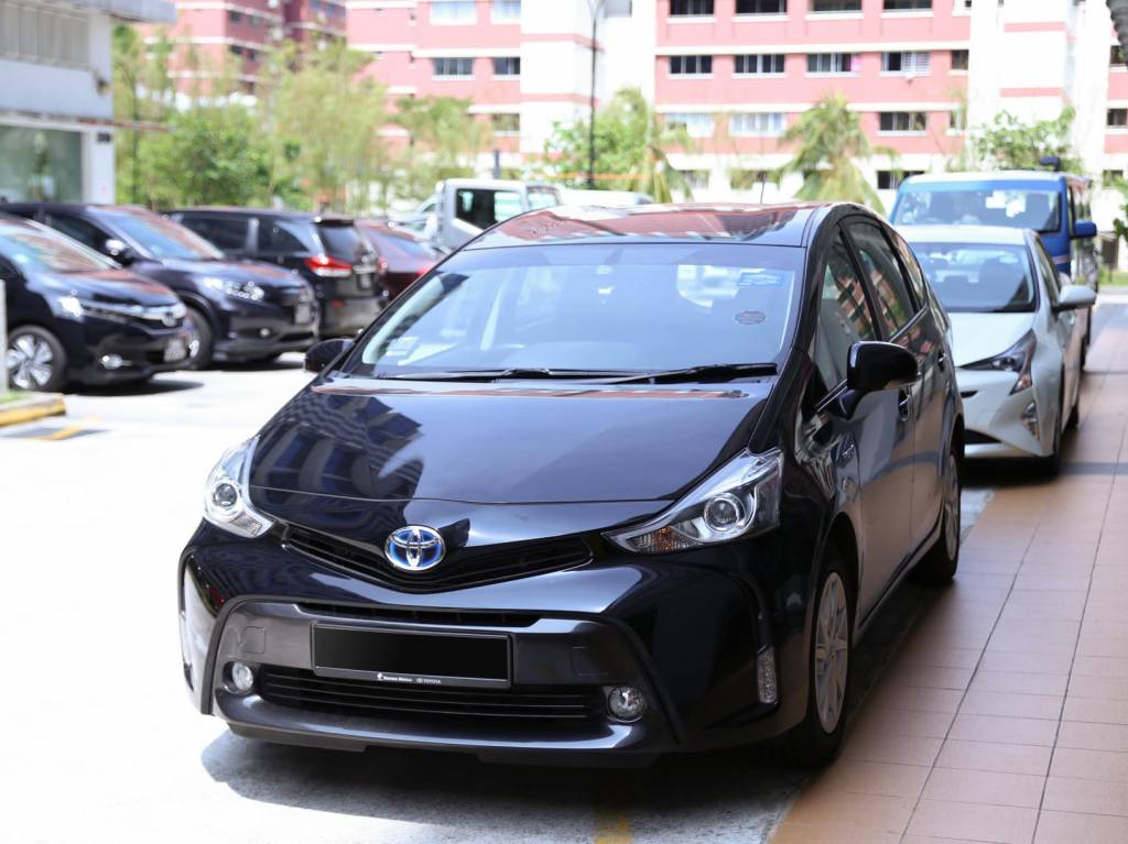 Toyota Prius Plus 1.8 Hybrid (PHV Private Hire Rental)