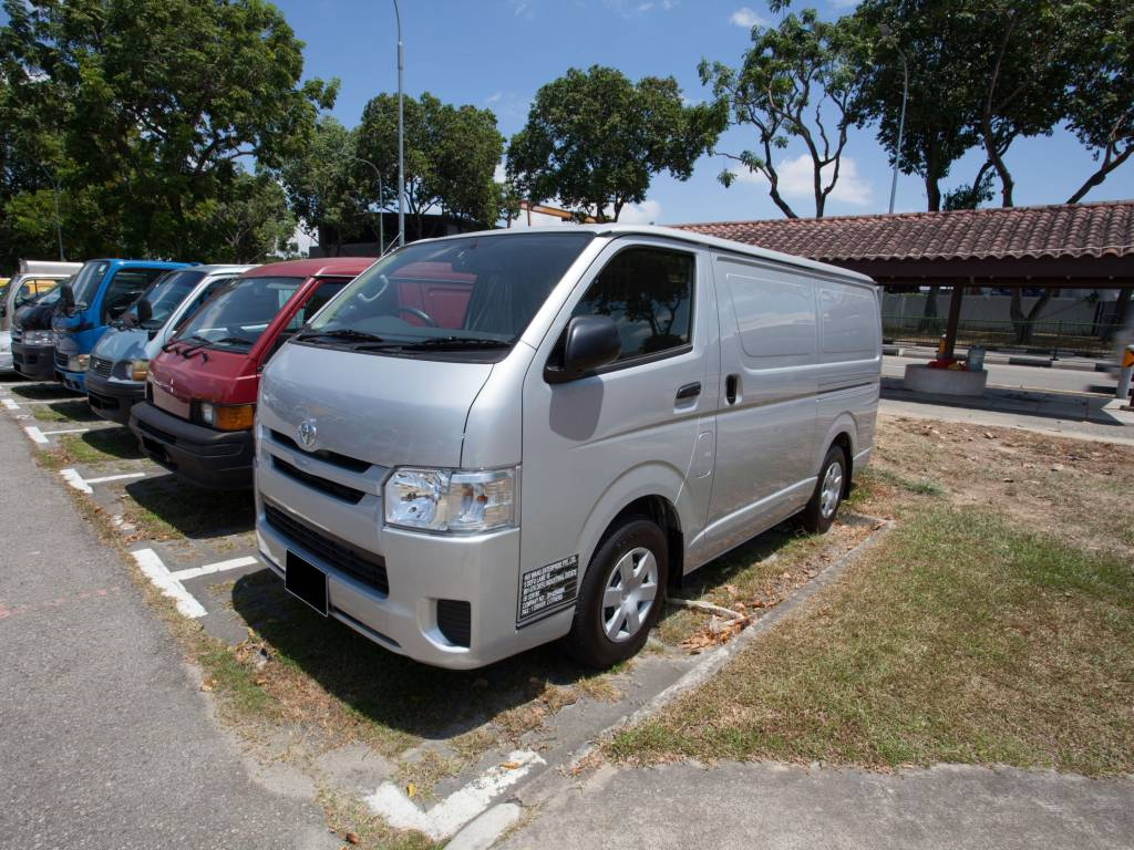 Toyota Hiace KDH201 (For Rent)