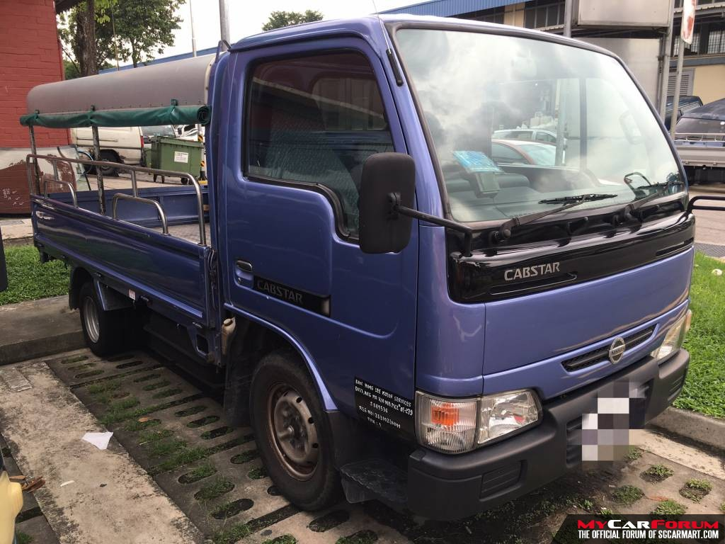 10FT Nissan Cabstar with Full Canopy (For Rent)