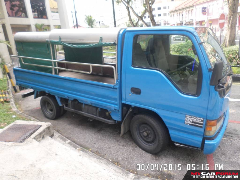 10FT Isuzu NHR with Canopy (For Rent)
