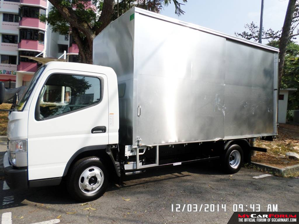 14 FT Hino (For Rent)
