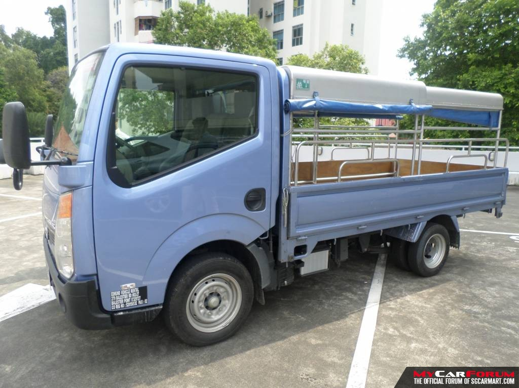 10FT Nissan Cabstar with Canopy (For Lease)