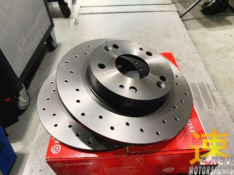 https://www.mycarforum.com/uploads/sgcarstore/data/2//21581258053_0Honda-Civic-FD1-Brembo-OE-Cross-Drilled-Brake-Rotor.jpg