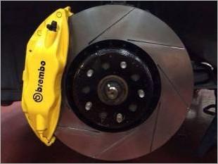 https://www.mycarforum.com/uploads/sgcarstore/data/2//Brembo_Brake_Kit_Yellow_Installed_On_Toyota_Estima_1_Edit_1.jpg