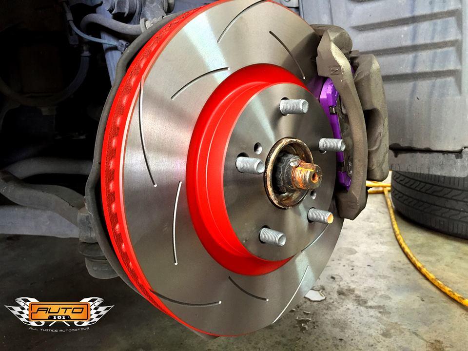 TRW XPS High Carbon Slotted Rotors Car Brake Kit With Ceramic Brake Pads