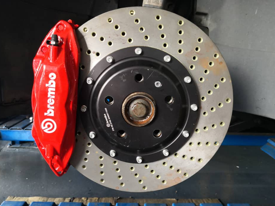 Same As New Refurbished 4 POT Brake Kit