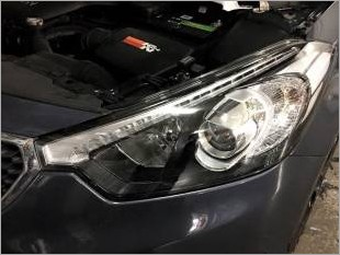 https://www.mycarforum.com/uploads/sgcarstore/data/3//Kia_K3_Headlight_Left_Without_Tinted_1_Edit_1.jpg