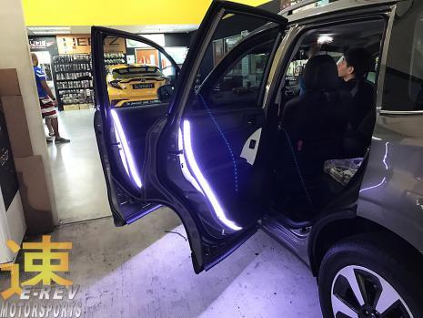 https://www.mycarforum.com/uploads/sgcarstore/data/3/31571395141_0Subaru-Forester-XT-2018-LED-Lighting-Pic-3.jpg