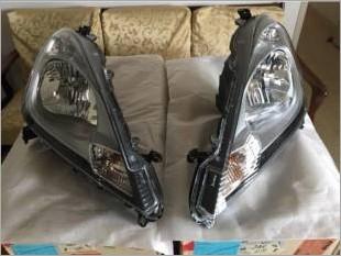 brand_new_original_honda_jazz_ge_headlamps_for_facelift_model_1494333956_5a5c39e6_37047_1.jpg