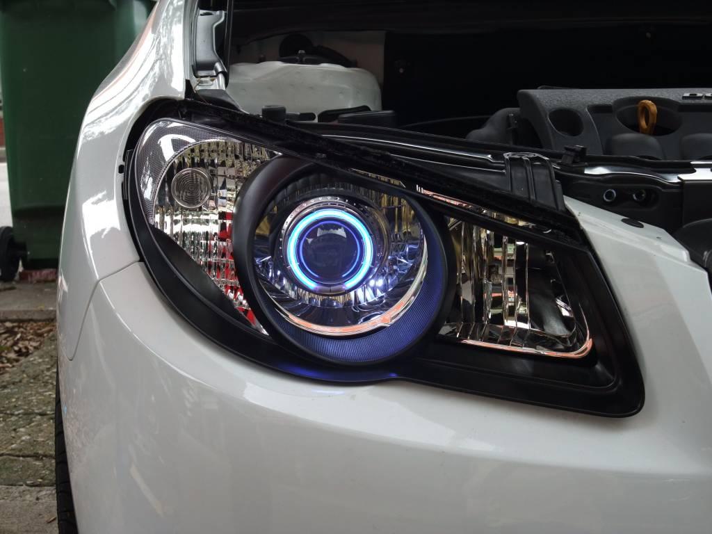 Hyundai Avante Blue / White Projector Head Light