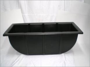 Tyre bath testing tank