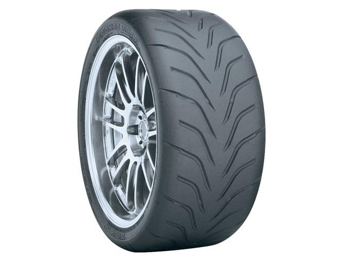 Toyo / Yokohama 225/40/R18 Tyre