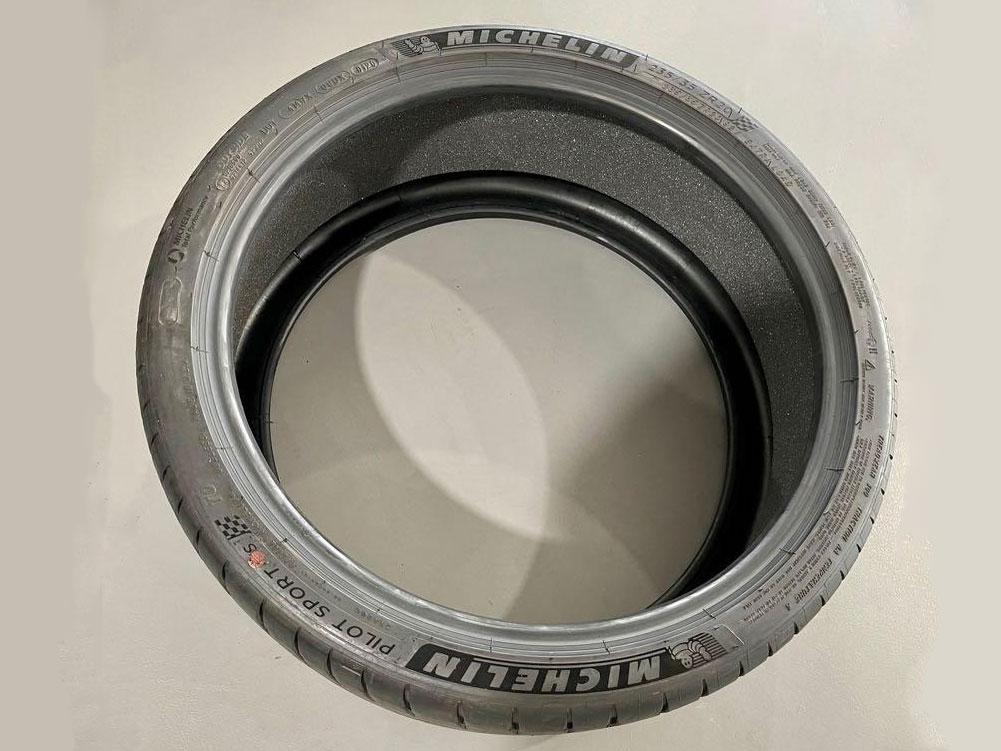 Michelin Pilot Sport 4S 235/35/R20 Tyre (Tesla Homologated)