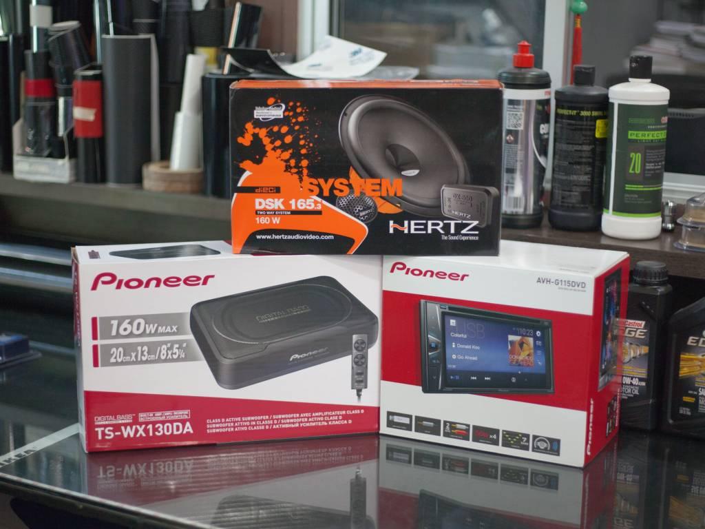 Pioneer AVH G115 DVD Player (With TS-WX 130DA Active Subwoofer & Hertz UNO K165 Component Speaker)